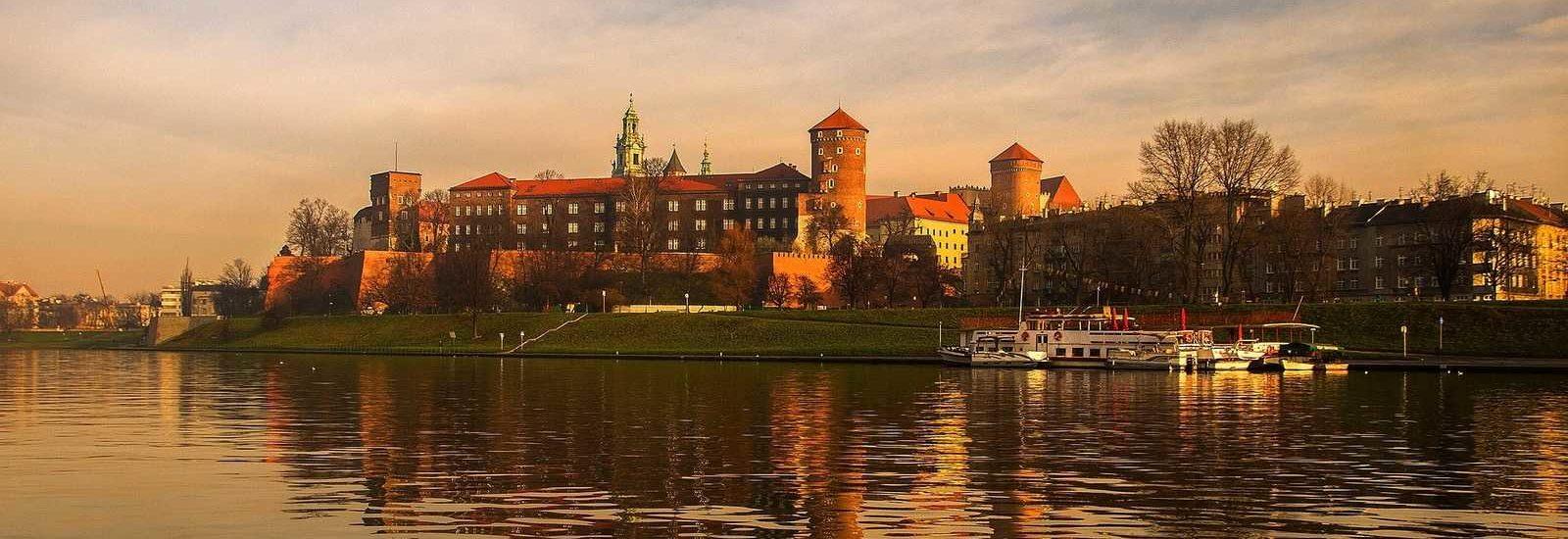 Krakow Wawel Castle view from Vistula river